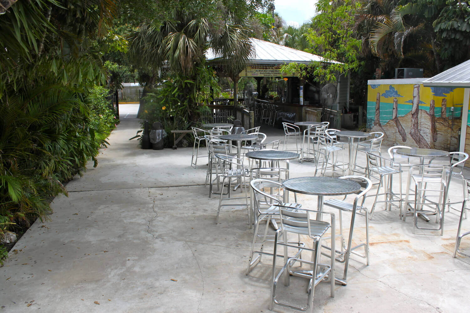 Mainstreet Pub & Restaurant offers Professional Catering in Melbourne, FL.