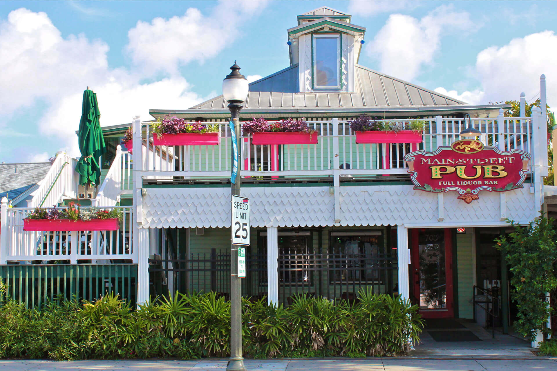 Mainstreet Pub & Restaurant offers Private Party Events & Catering in Melbourne, FL & Surrounding Areas. Plan Your Next Event at Mainstreet Pub & Restaurant
